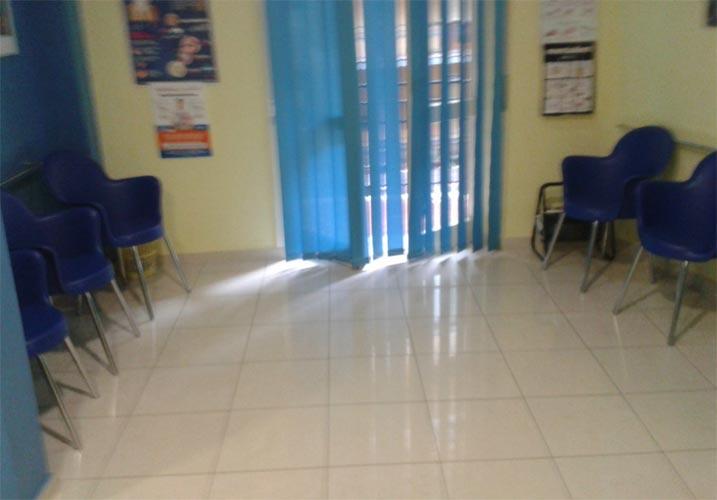 Sala d'attesa Studio Odontoiatrico Di Poto Battipaglia