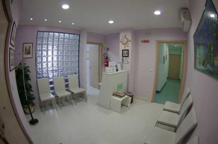Ingresso studio dentistico Dr. Enrico Lettera